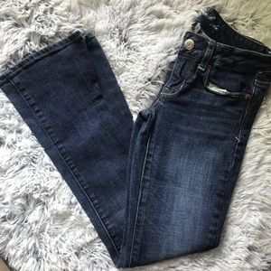 American Eagle Skinny Kick size 2 jeans